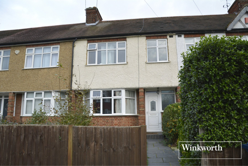 House for sale in Barnet - Alan Drive, Barnet, Herts, EN5
