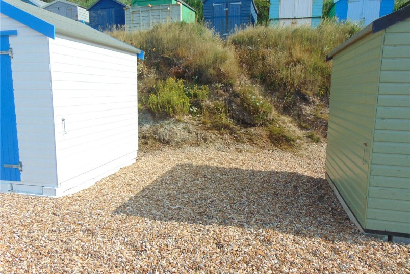 Flat/apartment for sale in  - Beach Hut 251, Hordle Cliffs, Milford On Sea