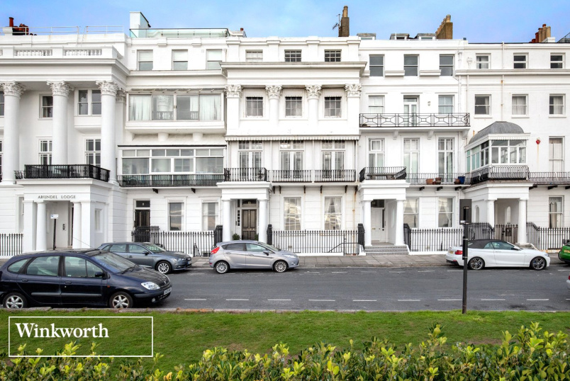 Flat/apartment for sale in Brighton & Hove - Arundel Terrace, Brighton, BN2