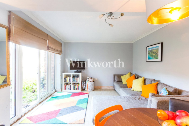 Flat/apartment for sale in Harringay - Selkirk Court, Whitley Road, London, N17