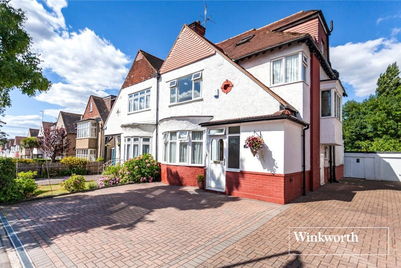 House for sale in Finchley - Lansdowne Road, Finchley, N3