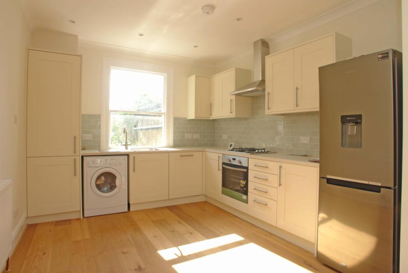 Flat/apartment to rent in Dulwich - Lacon Road, East Dulwich, SE22