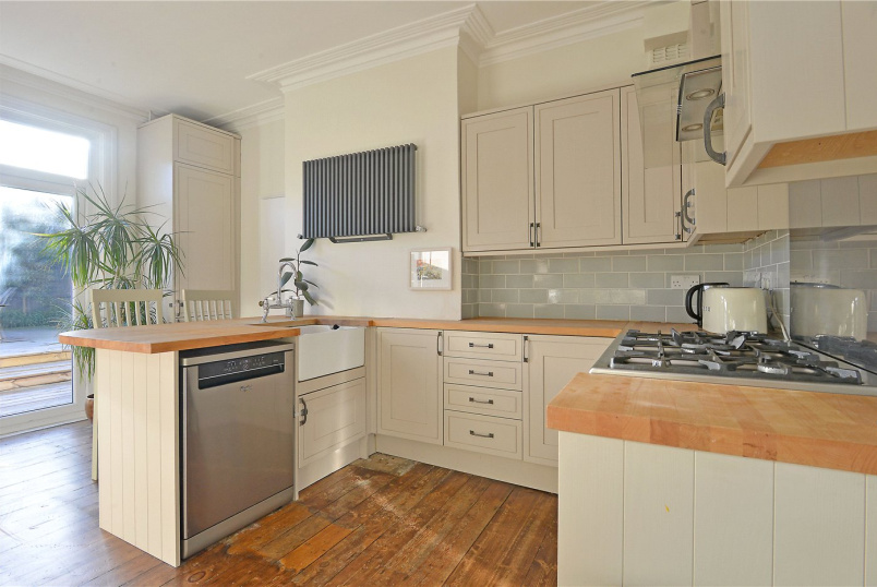 House to rent in Dulwich - Solway Road, East Dulwich, SE22