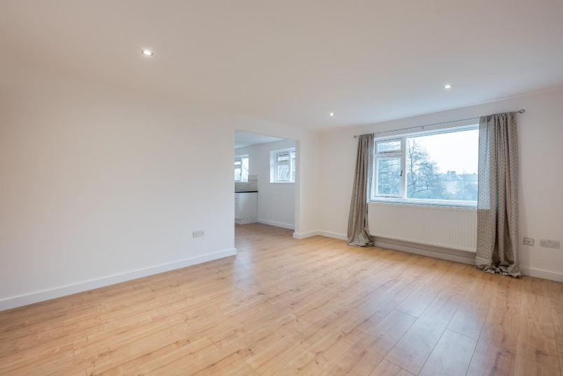 Flat to rent in Kennington - DATE STREET, SE17