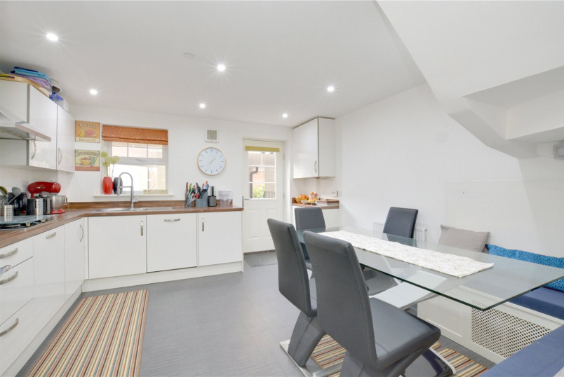 House for sale in Chislehurst - Renwick Drive, Bromley, BR2