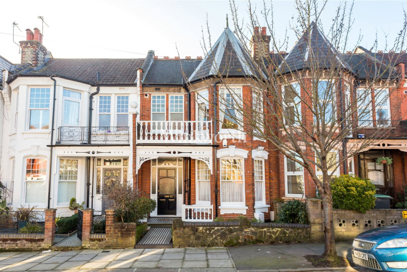 House for sale in Harringay - Woodside Road, Wood Green, N22