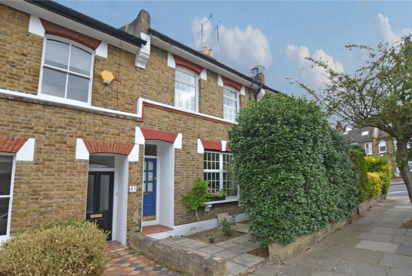 House for sale in Greenwich - Combedale Road, Greenwich, SE10