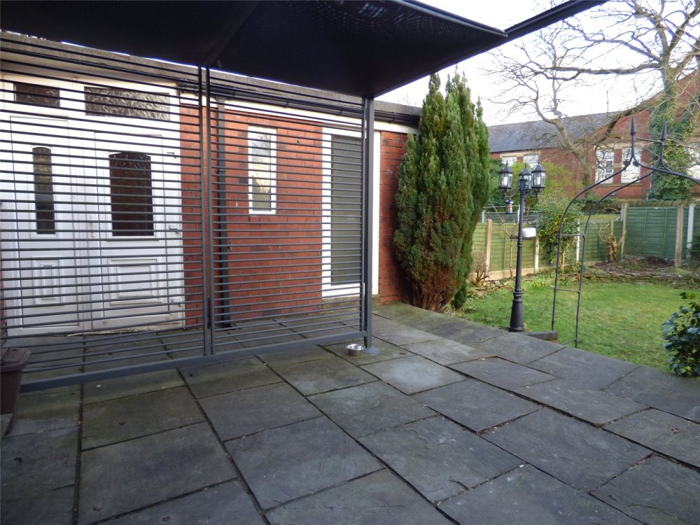 Wondrous 3 Bedroom Property To Let In Witham Street Ashton Under Download Free Architecture Designs Embacsunscenecom