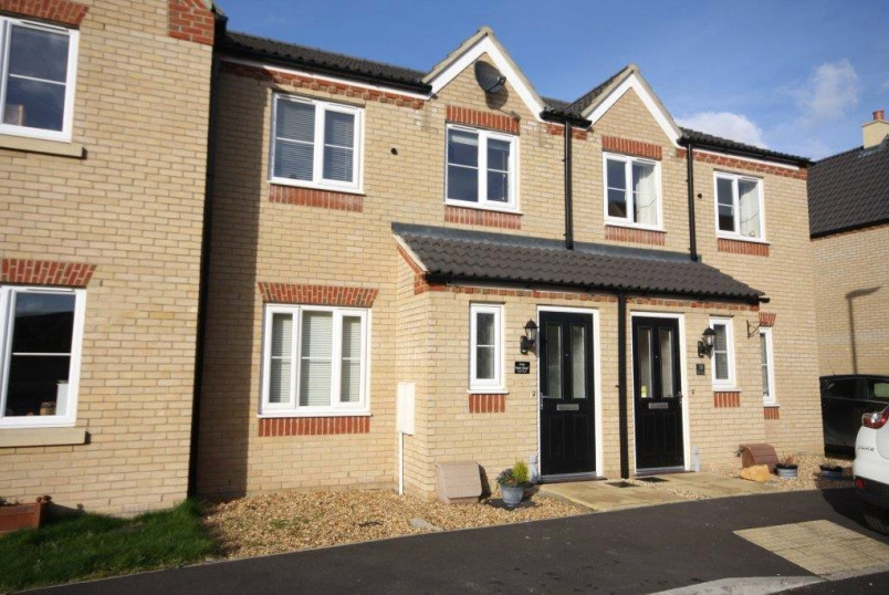 House to rent in Sleaford - Bath Close, Bourne, Lincolnshire, PE10