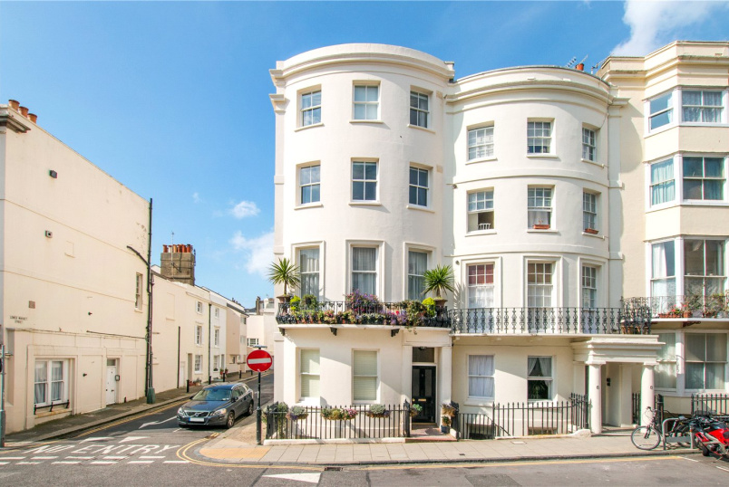 House for sale in Brighton & Hove - Waterloo Street, Hove, BN3
