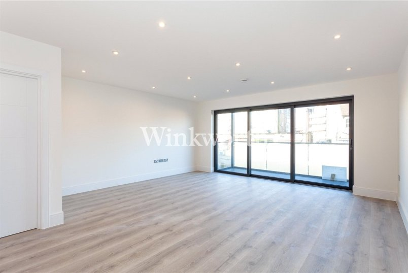 Flat/apartment for sale in Palmers Green - Daisy Court, 6 Brownlow Road, London, N11
