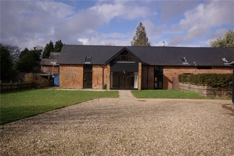 Barn conversion to rent in  - Mainstone Barn, Mainstone, Romsey, SO51