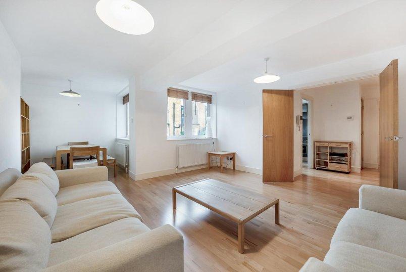Properties to rent in Queenstown Road (Battersea) Rail