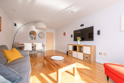 Flat/apartment for sale in Willesden Green - Chatsworth Court, 241 Willesden Lane, London, NW2