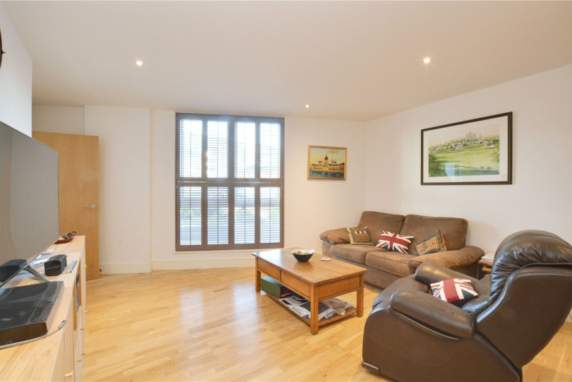Flat/apartment to rent in Greenwich - Dreadnought Walk, London, SE10