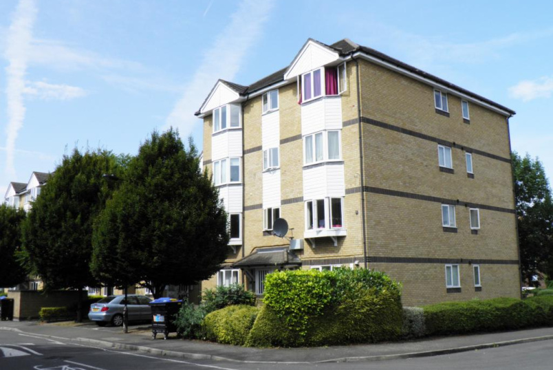 Flat/apartment to rent in Surrey Quays - Rossetti Road, London, SE16
