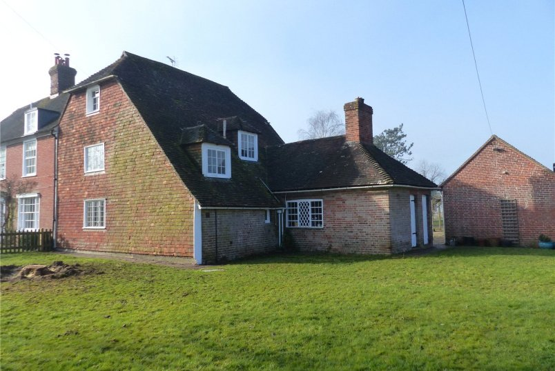 House for sale in Lewes - Isfield, East Sussex, TN22
