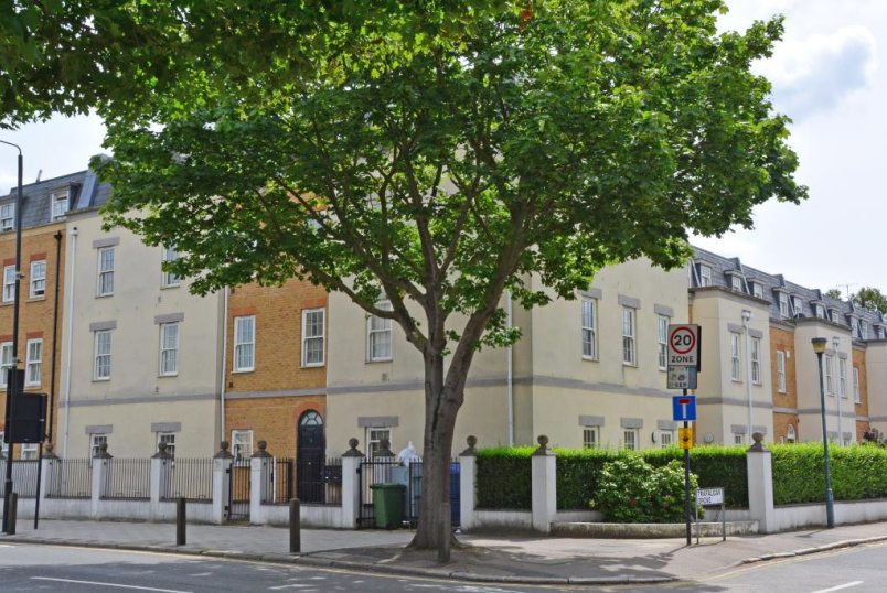Flat/apartment to rent in Greenwich - Alderney Court, 70 Trafalgar Road, London, SE10
