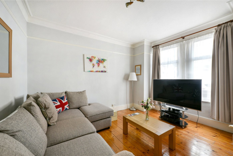 Maisonette for sale in Tooting - Grenfell Road, Mitcham, CR4