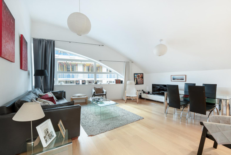Flat to rent in Battersea - CANDLEMAKERS APARTMENTS, SW11