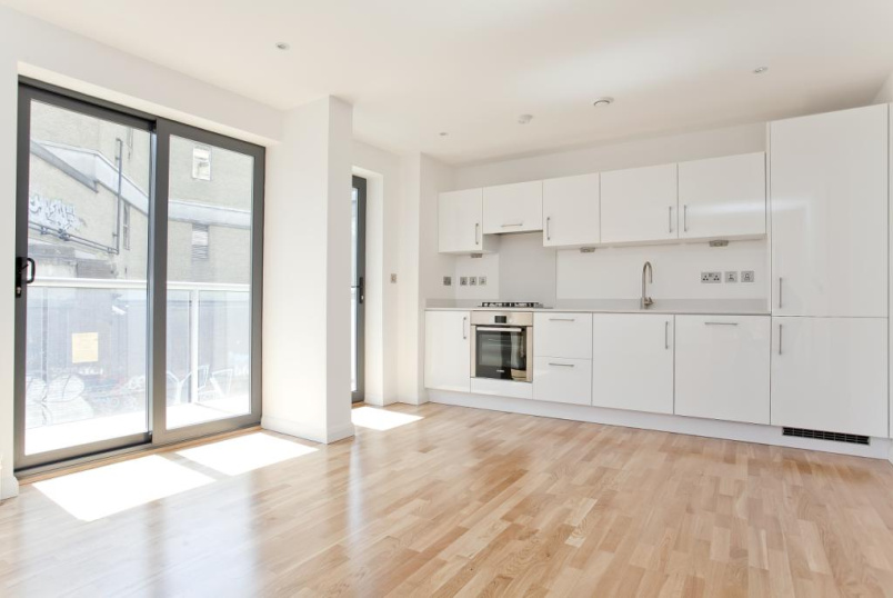 Flat/apartment to rent in Shoreditch - Alpha Court, 20 Calvin Street, London, E1
