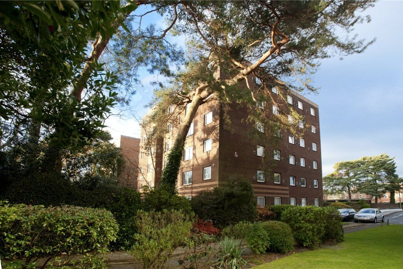 Flat/apartment for sale in Westbourne - Princess Road, Poole, Dorset, BH12