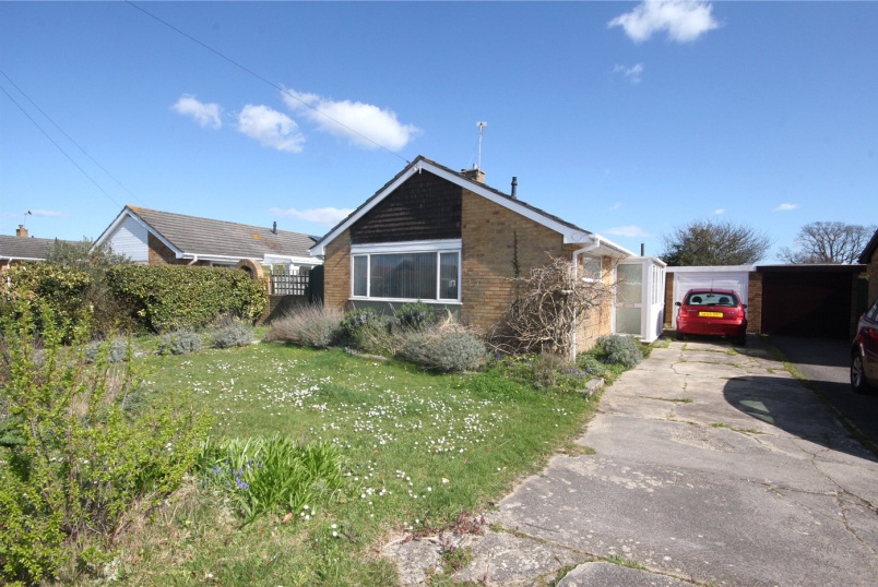 Bungalow for sale in Mudeford - Falcon Drive, Christchurch, Dorset, BH23