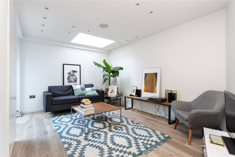 Flat/apartment to rent in Highbury - Pentonville Road, Kings Cross, N1