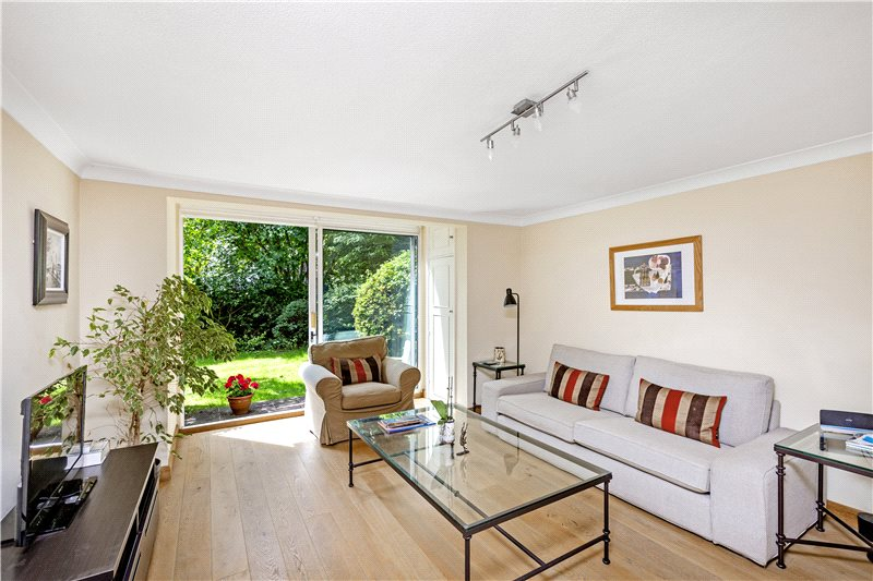 Flat/apartment for sale in Barnes - The Hermitage, Barnes, London, SW13