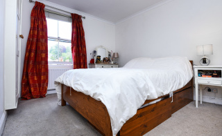 A delightful cottage within walking distance to town centre
