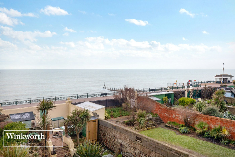 Flat/apartment for sale in Brighton & Hove - Flag Court, Courtenay Terrace, Hove, BN3