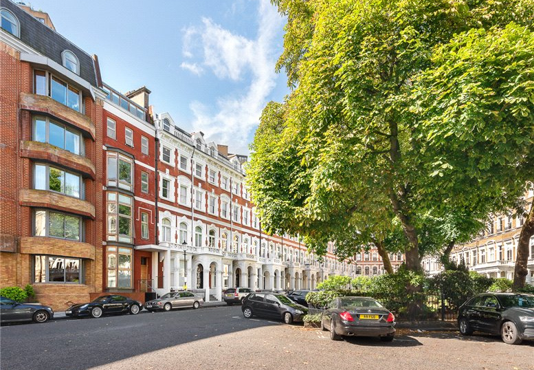 House for sale in South Kensington - Emperors Gate, London, SW7