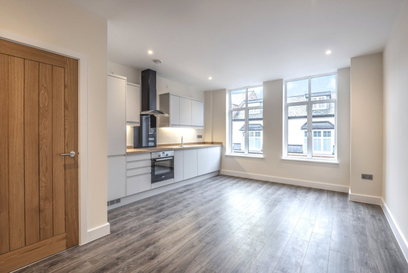 Flat/apartment for sale in Basingstoke - 12a London Street, Old Town Centre, Basingstoke, RG21