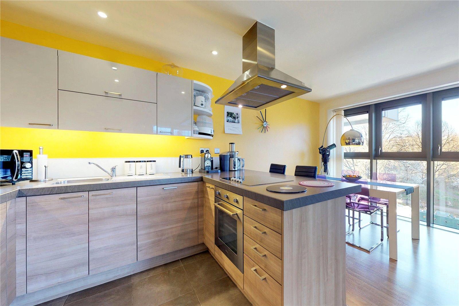 2 Bedroom Property For Sale In Riverwalk Apartments Homerton Road