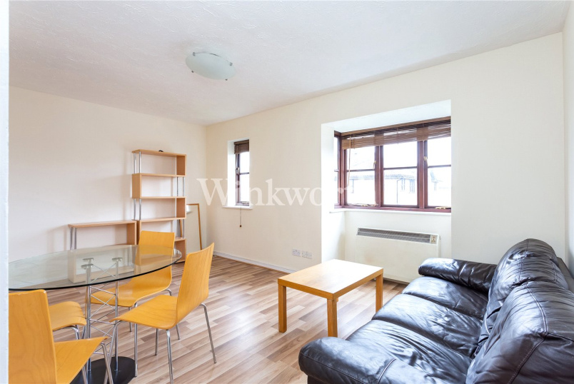 Flat/apartment to rent in Golders Green - Woodvale Way, Golders Green, NW11