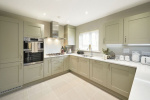 LITTLE MEADOW, CRANLEIGH, SURREY 9