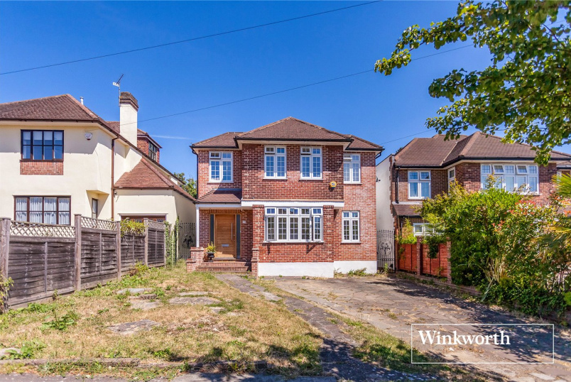 House for sale in Finchley - Greenway, Totteridge, N20