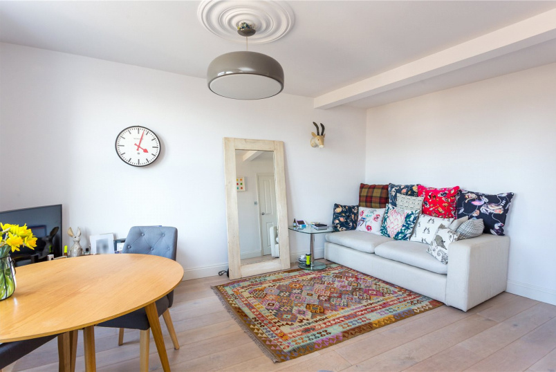 Flat/apartment to rent in Islington - Elwood Street, Highbury, N5