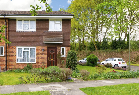 Chester Close, Pixham, Dorking, RH4