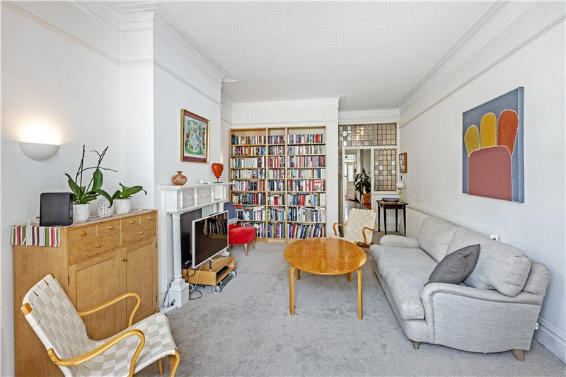 House to rent in Barnes - Madrid Road, Barnes, SW13