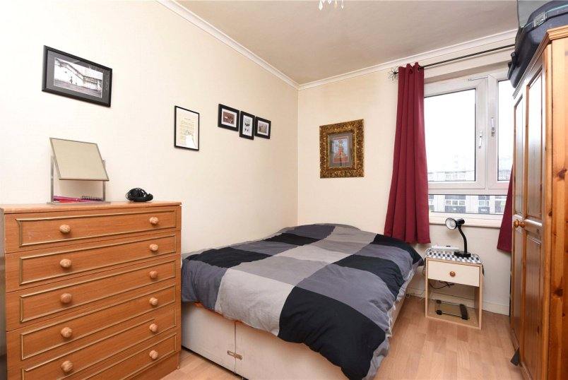 Flat/apartment to rent in Putney - William Harvey House, Whitlock Drive, London, SW19