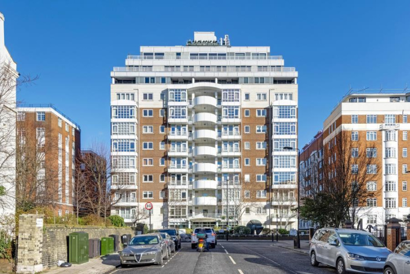 Apartment for sale in St Johns Wood - 20 ABBEY ROAD, ST JOHN'S WOOD, NW8 9BJ