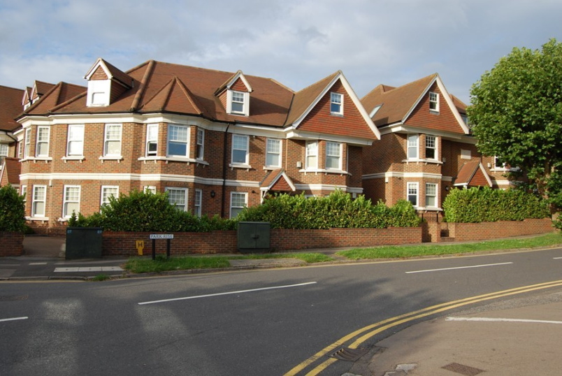 Unspecified to rent in Weybridge - Hillrise Court, Park Rise, Leatherhead, KT22