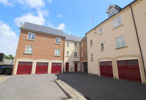Chapel Mews, Chippenham, Wiltshire