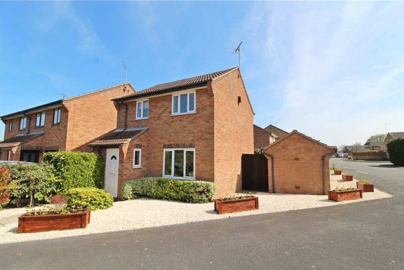 House for sale in Market Deeping - Fraser Close, Deeping St. James, Peterborough, PE6