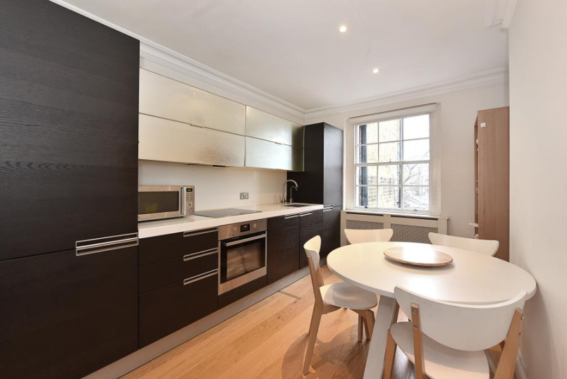 Unspecified for sale in St Johns Wood - CUNNINGHAM PLACE, LONDON, NW8 8JT