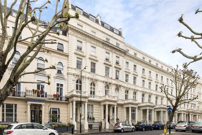 Flat/apartment for sale in  - Inverness Terrace, London, W2