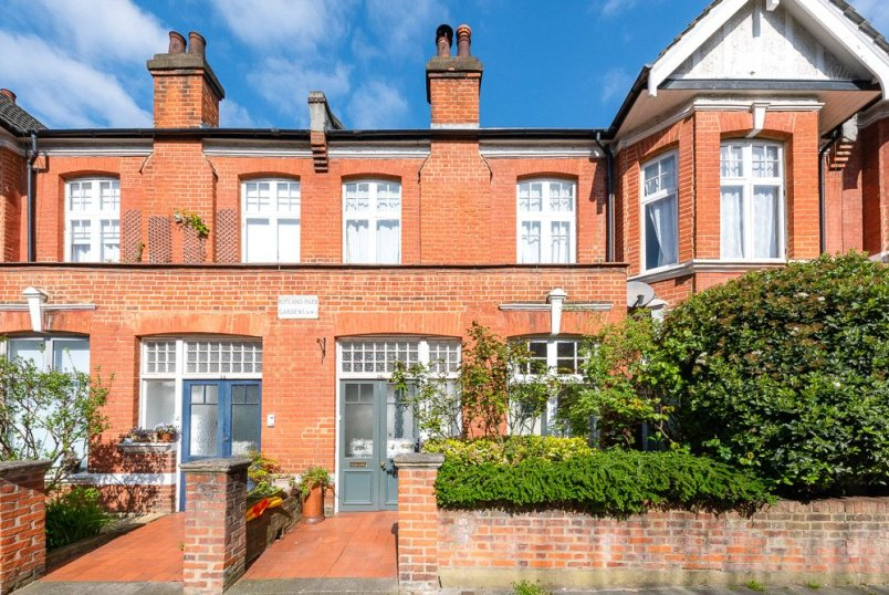 Flat/apartment for sale in Willesden Green - Rutland Park Gardens, London, NW2