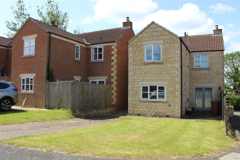 House for sale in Grantham - The Stackyard, Croxton Kerrial, Grantham, NG32