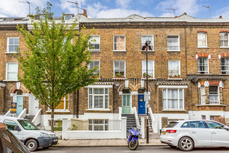 Flat/apartment for sale in Highbury - St Thomas's Road, London, N4